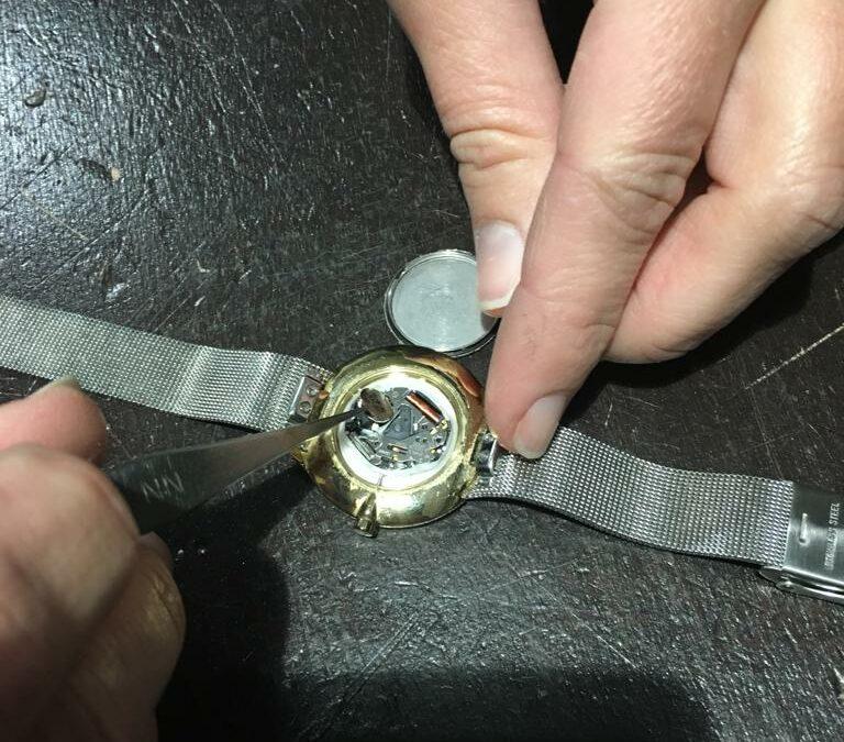 Horlogebatterij wissel